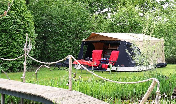 Combi-Camp Country vouwwagen vlak bij huis kamperen
